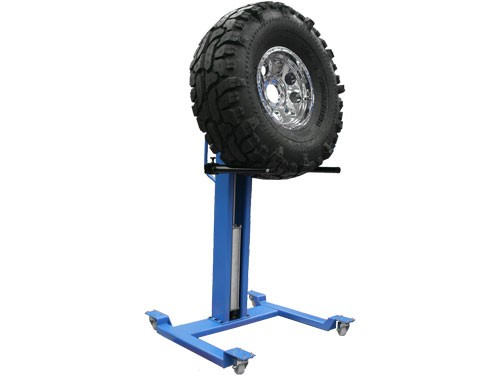 Portable Tire Lift : Atlas pneumatic portable wheel lift with lb capacity